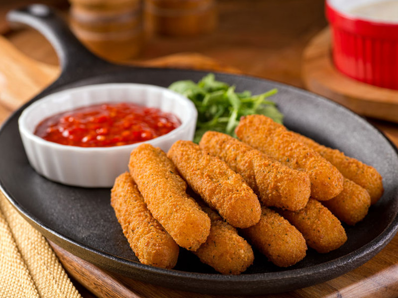 Mozzarella Sticks with Homemade Marinara Sauce